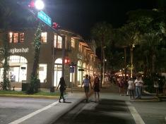 Lincoln Mall